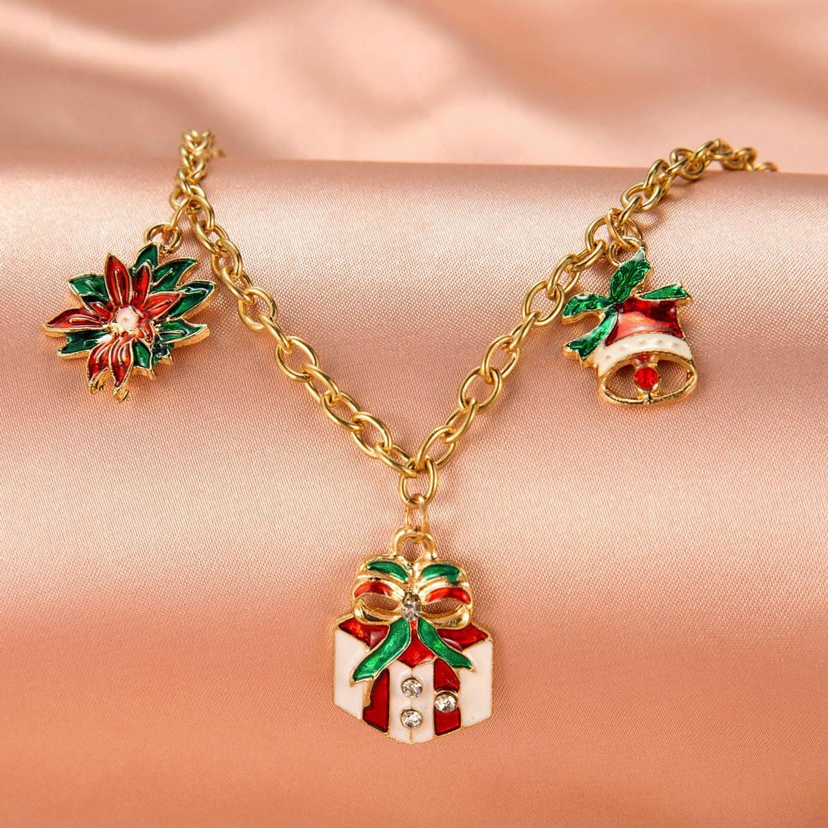 Браслет с декором рождестовенского подарка от SHEIN