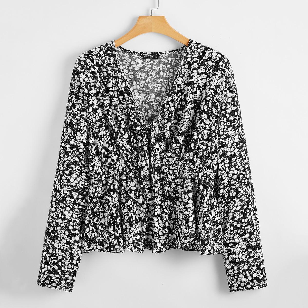 Блузка размера плюс с цветочным принтом и узлом