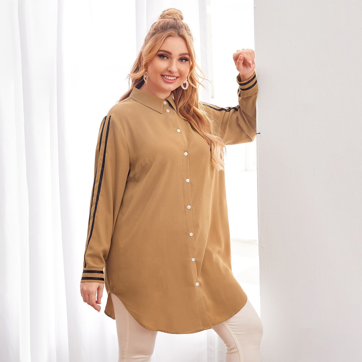 SHEIN / Lange Bluse mit seitlichem Streifen