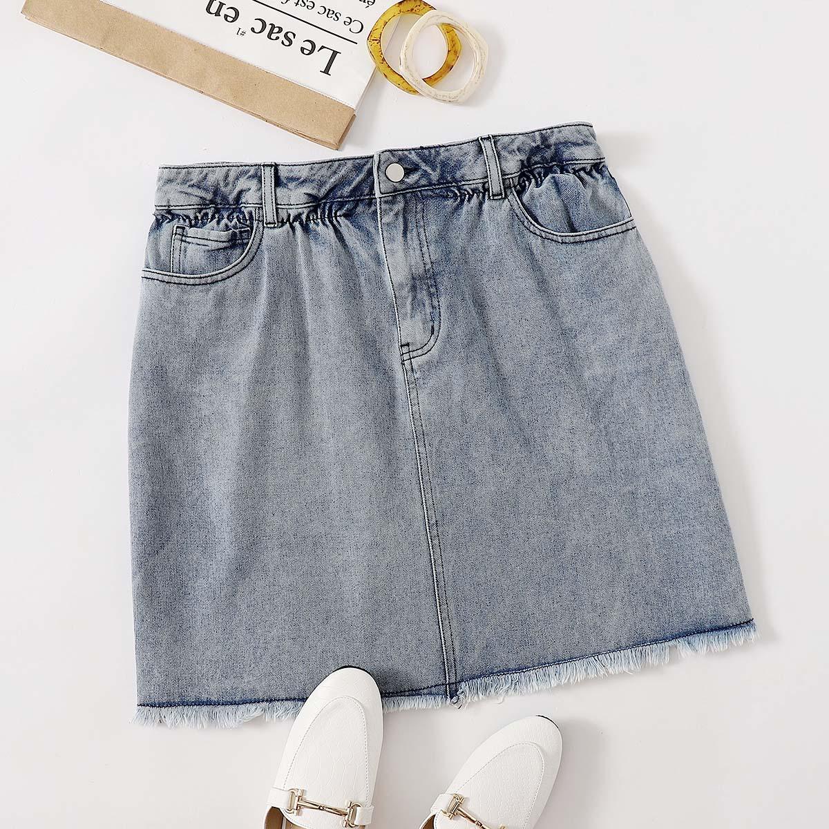 Джинсовая прямая юбка размера плюс