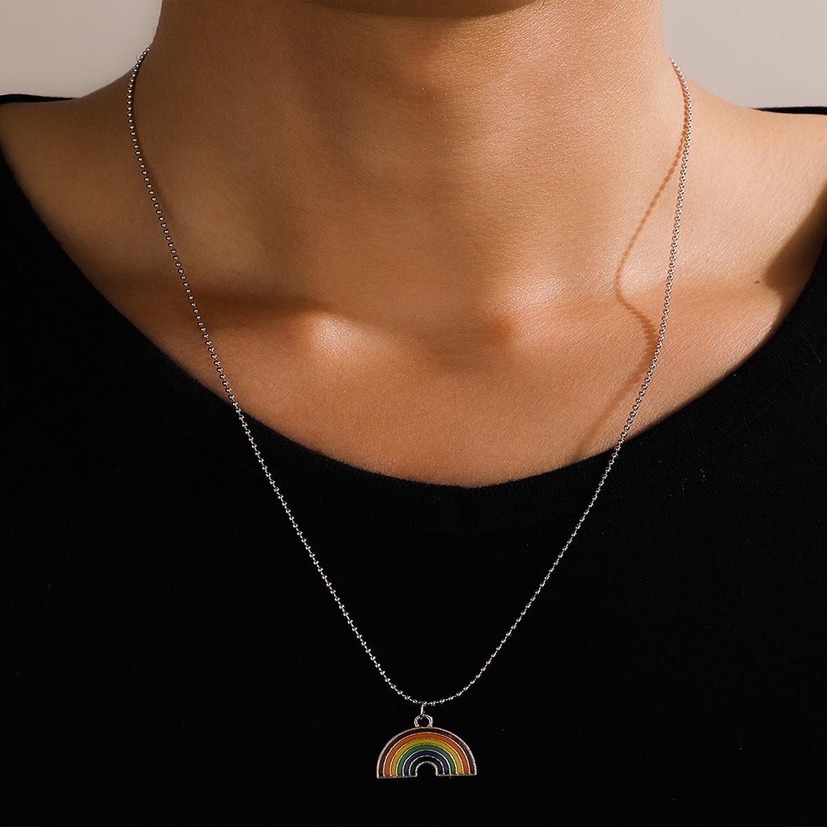 Мужское ожерелье с радугой от SHEIN