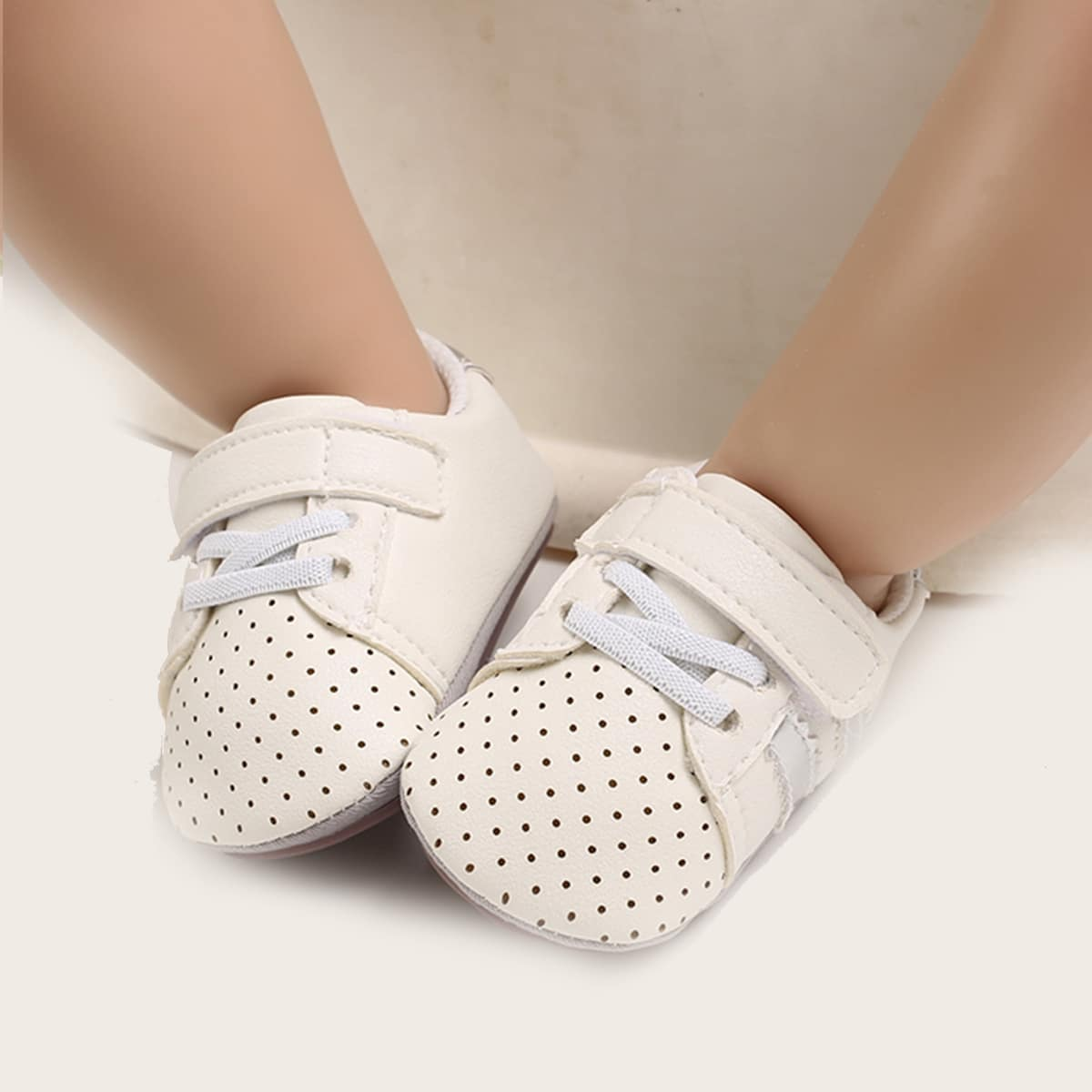 shein Stippen Baby sneaker