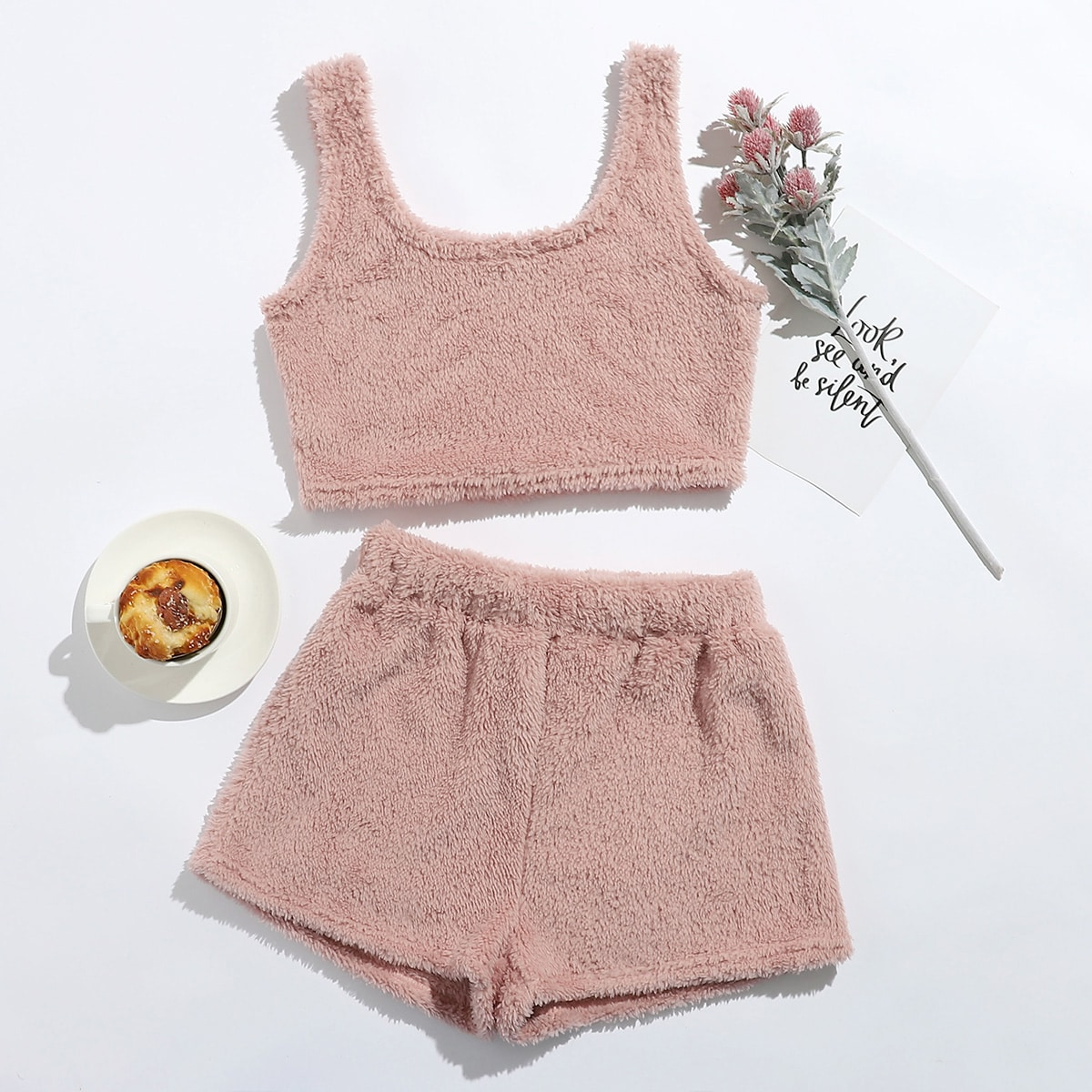 SHEIN / Flanell Crop Tank Top & Shorts Set