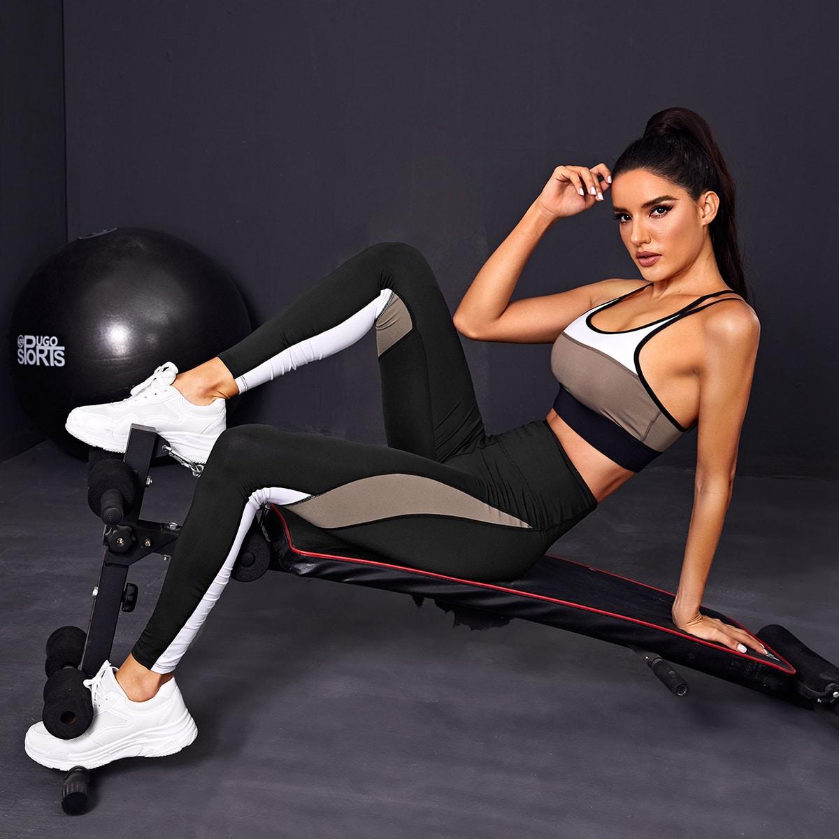 Контрастный спортивный бюстгальтер и леггинсы от SHEIN