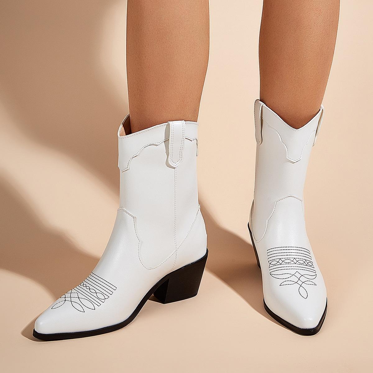 SHEIN / Stiefel mit Stickereien und Reißverschluss hinten