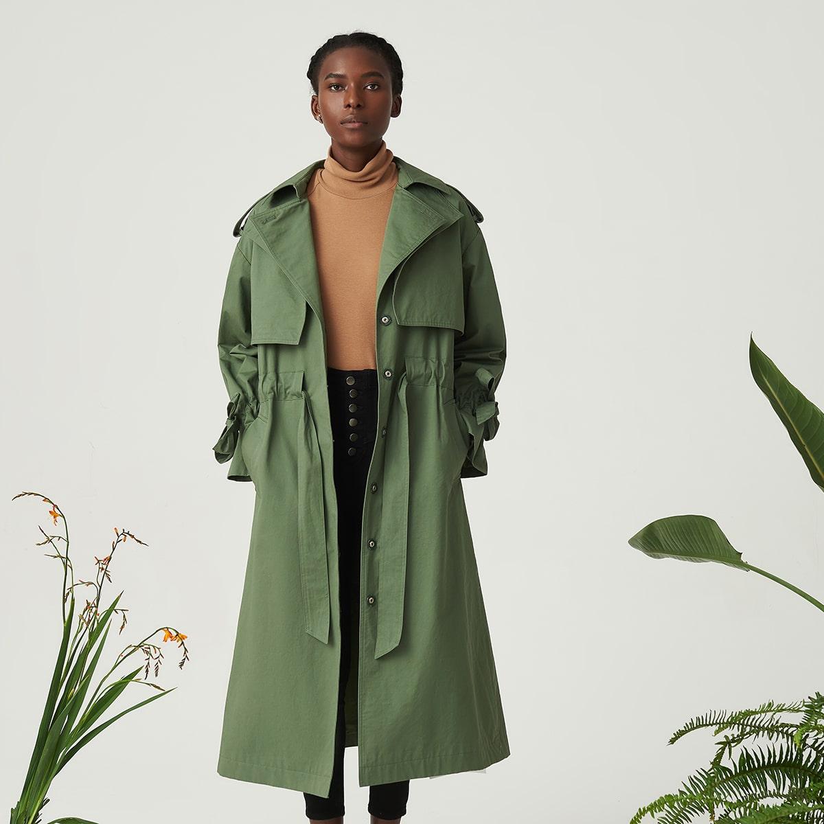 Baumwolle Mantel mit einreihiger Knopfleiste und Kordelzug Detail