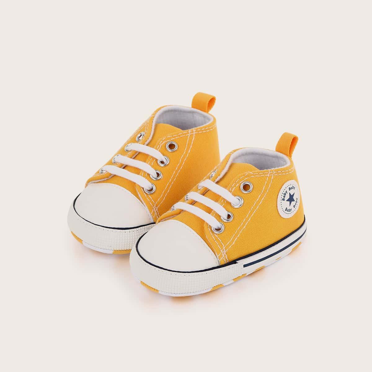 Холщовые туфли на шнурках для мальчиков от SHEIN