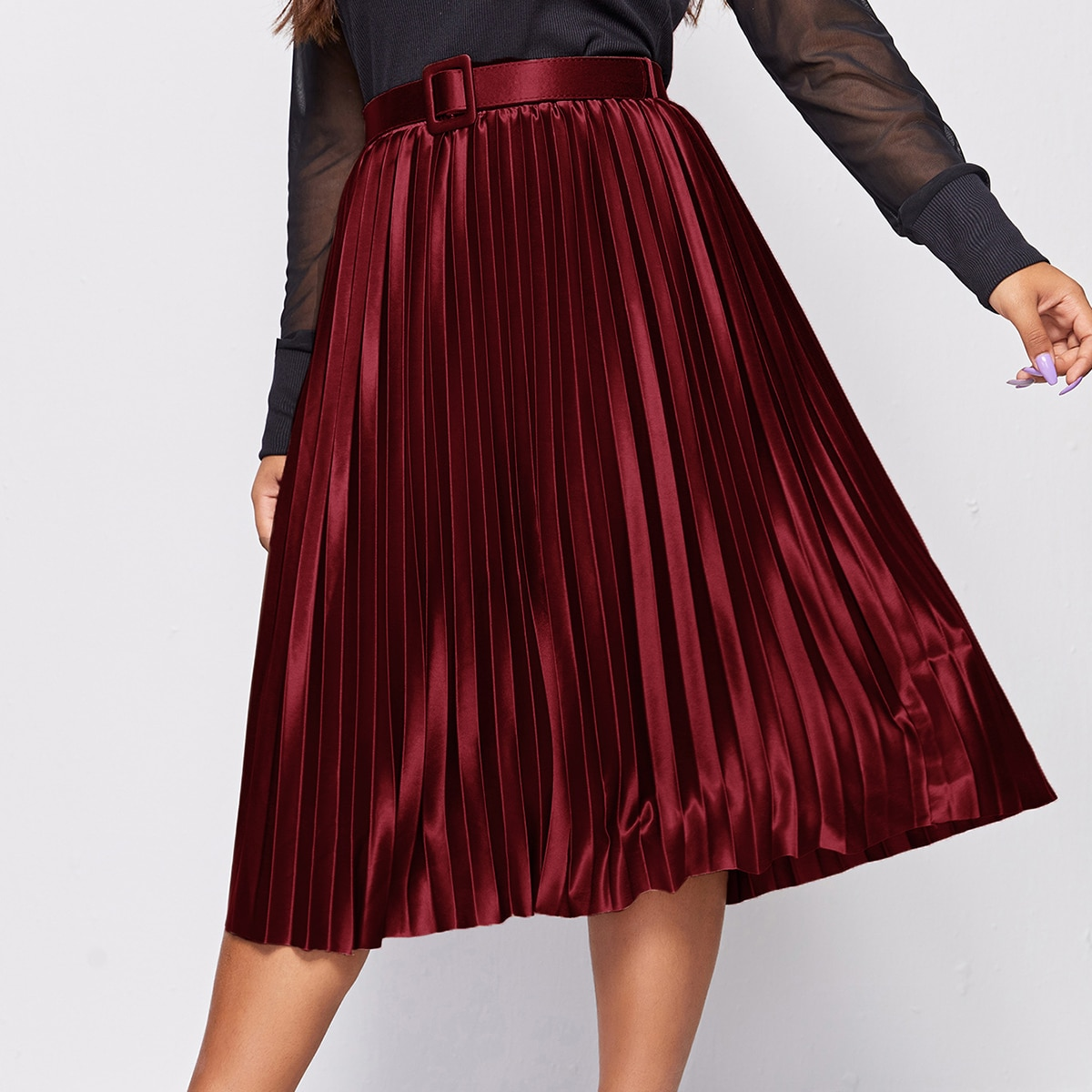 SHEIN / Plus Satin Belted Pleated Skirt