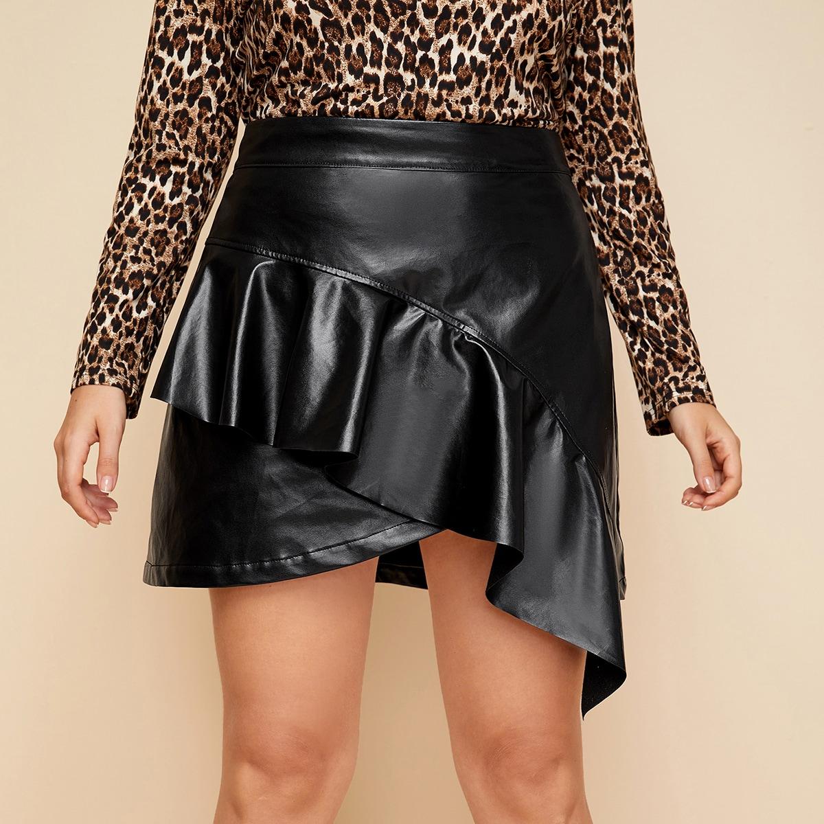 SHEIN / Plus Ruffle Trim Asymmetrical Hem PU Skirt
