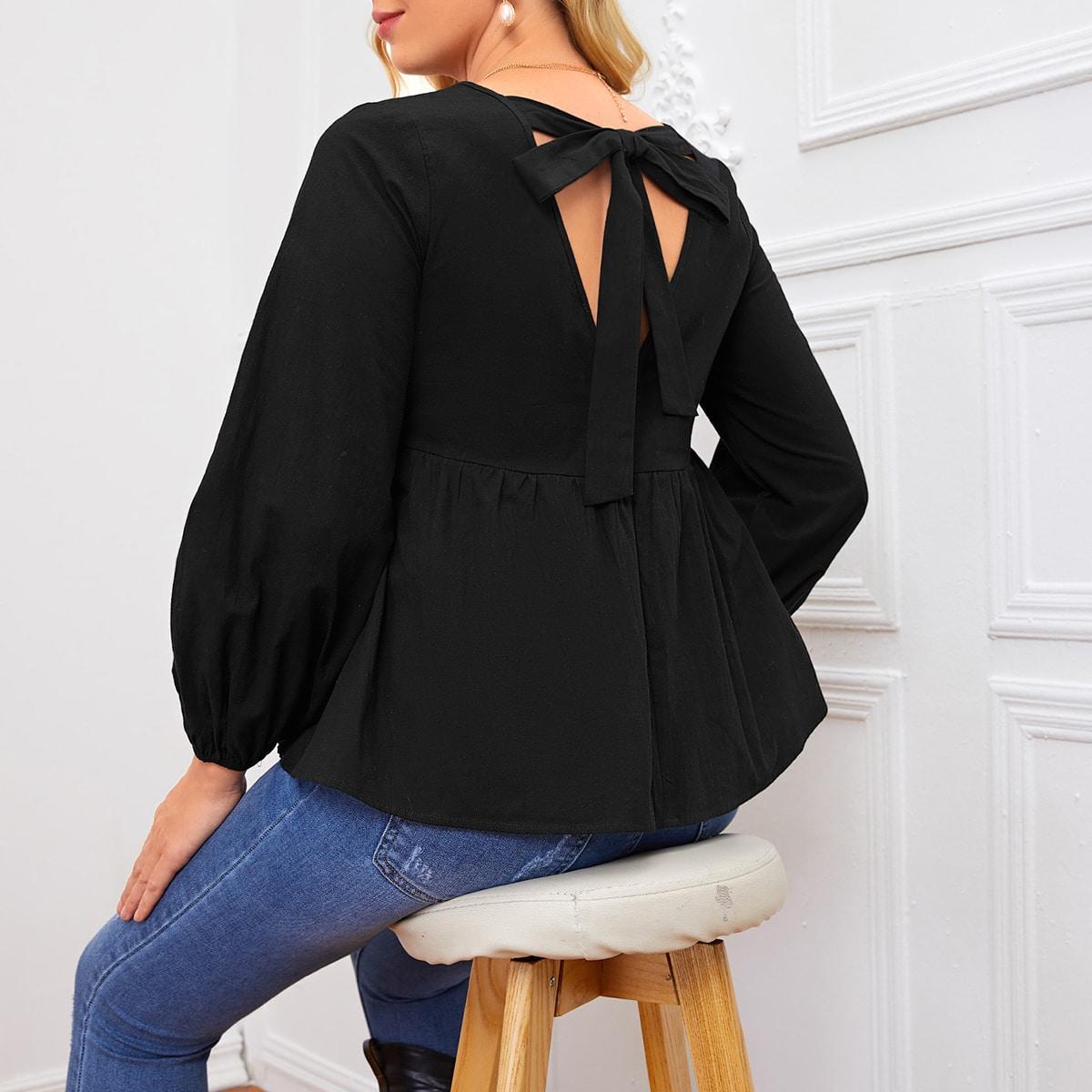 Блузка с узлом сзади и оборкой для беременных