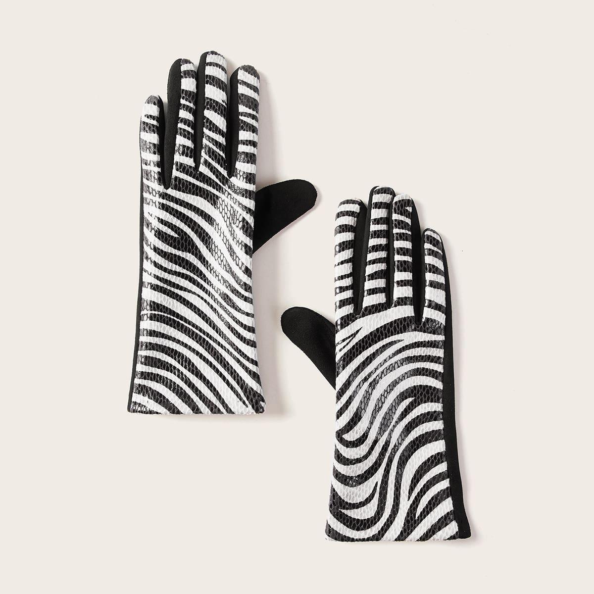 Перчатки в полоску зебры
