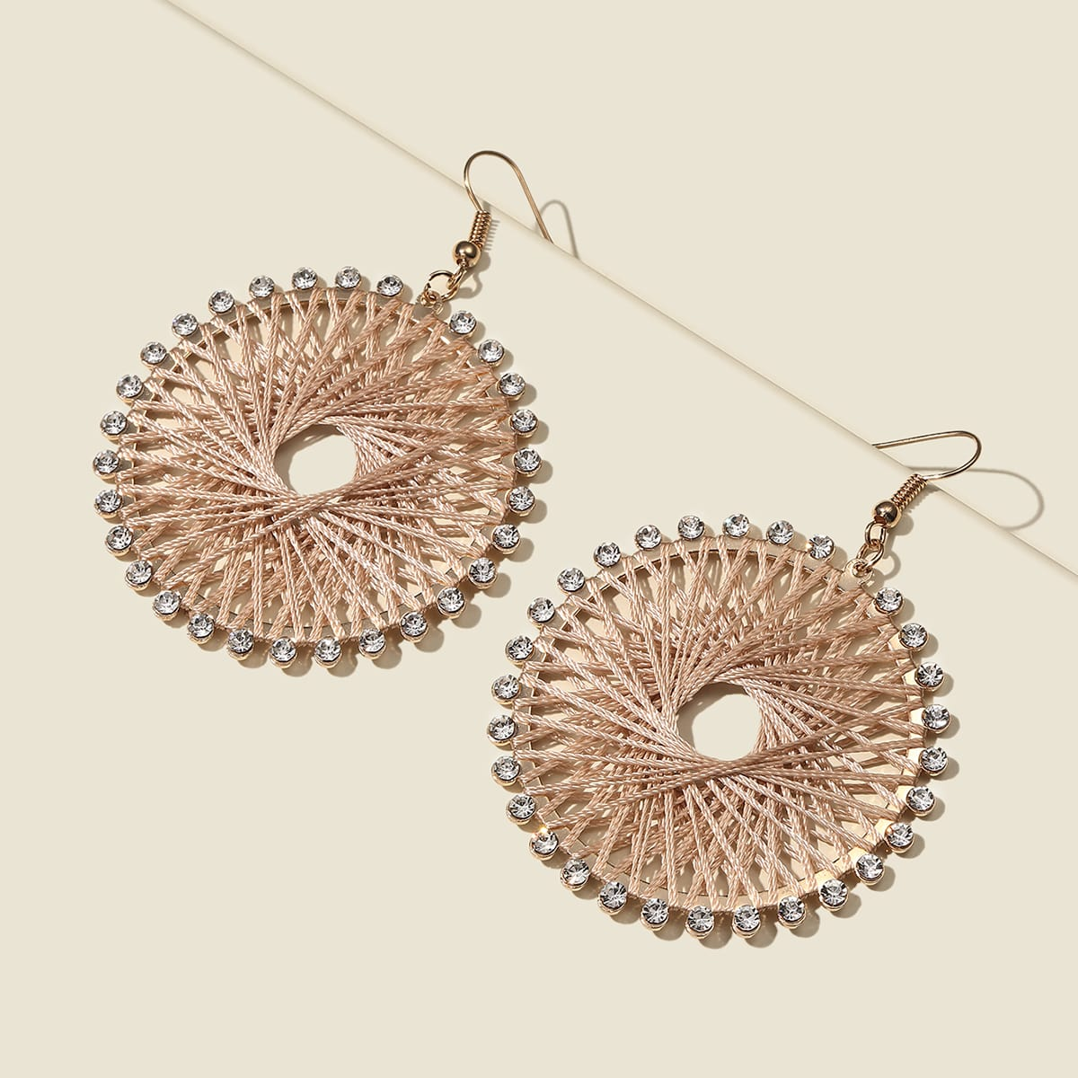 SHEIN / Pendientes trenzados con diamante de imitación