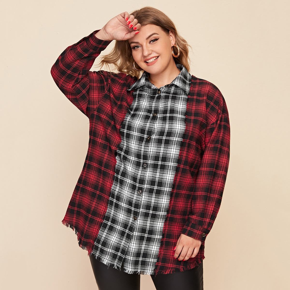 SHEIN / Bluse mit Karo Muster, ungesäumtem Saum und Knöpfen vorn