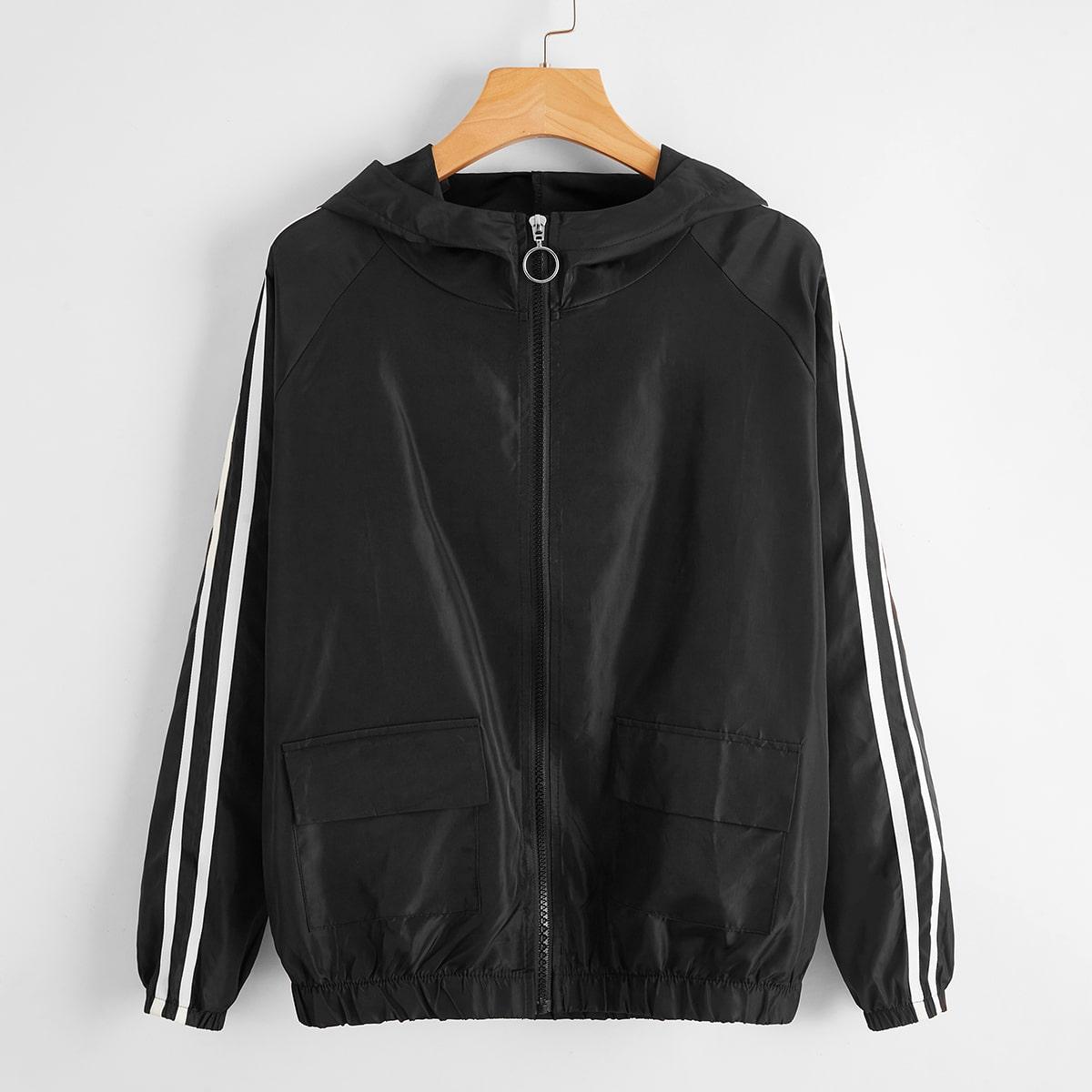 Куртка ветровка на молнией с полосками