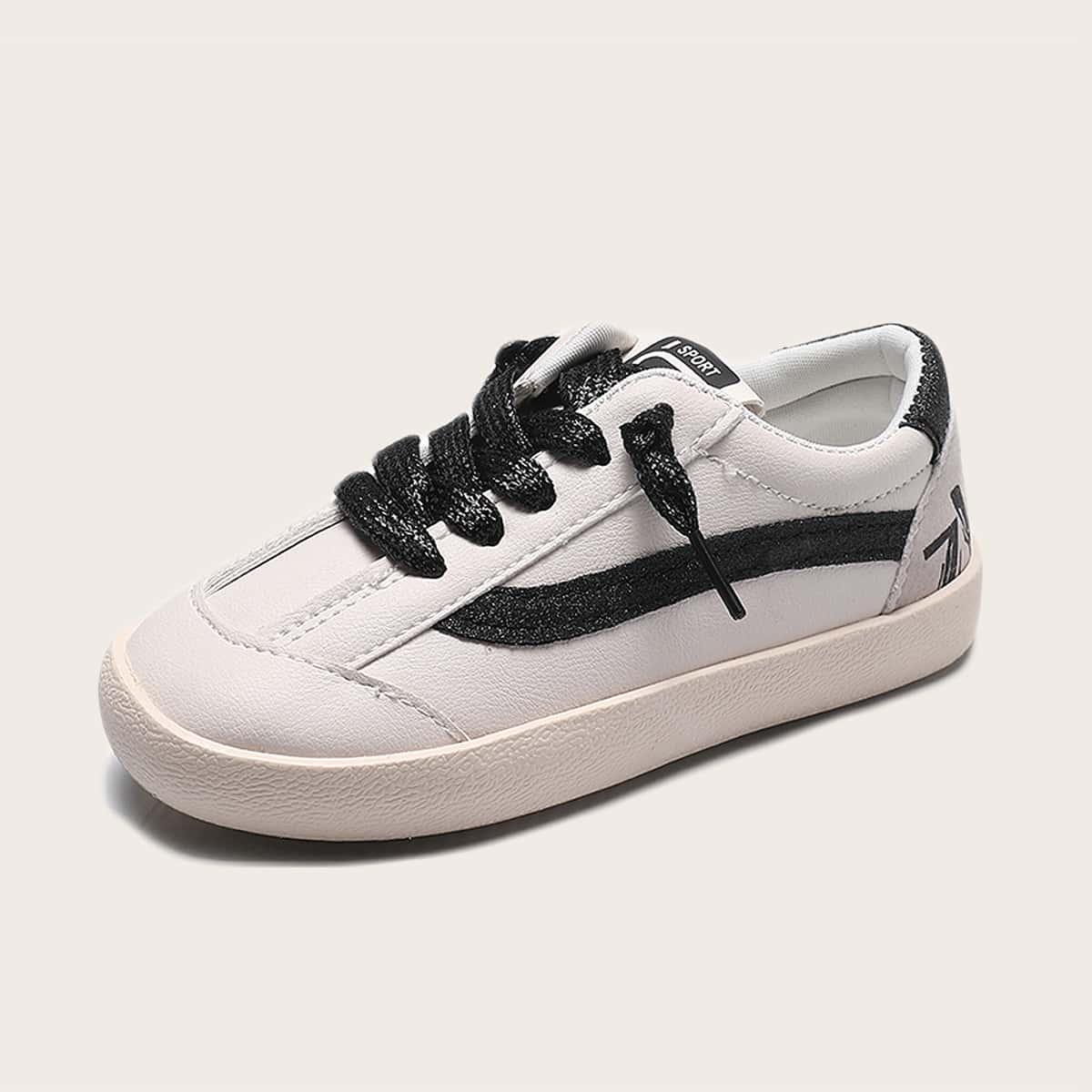 Туфли для мальчиков от SHEIN
