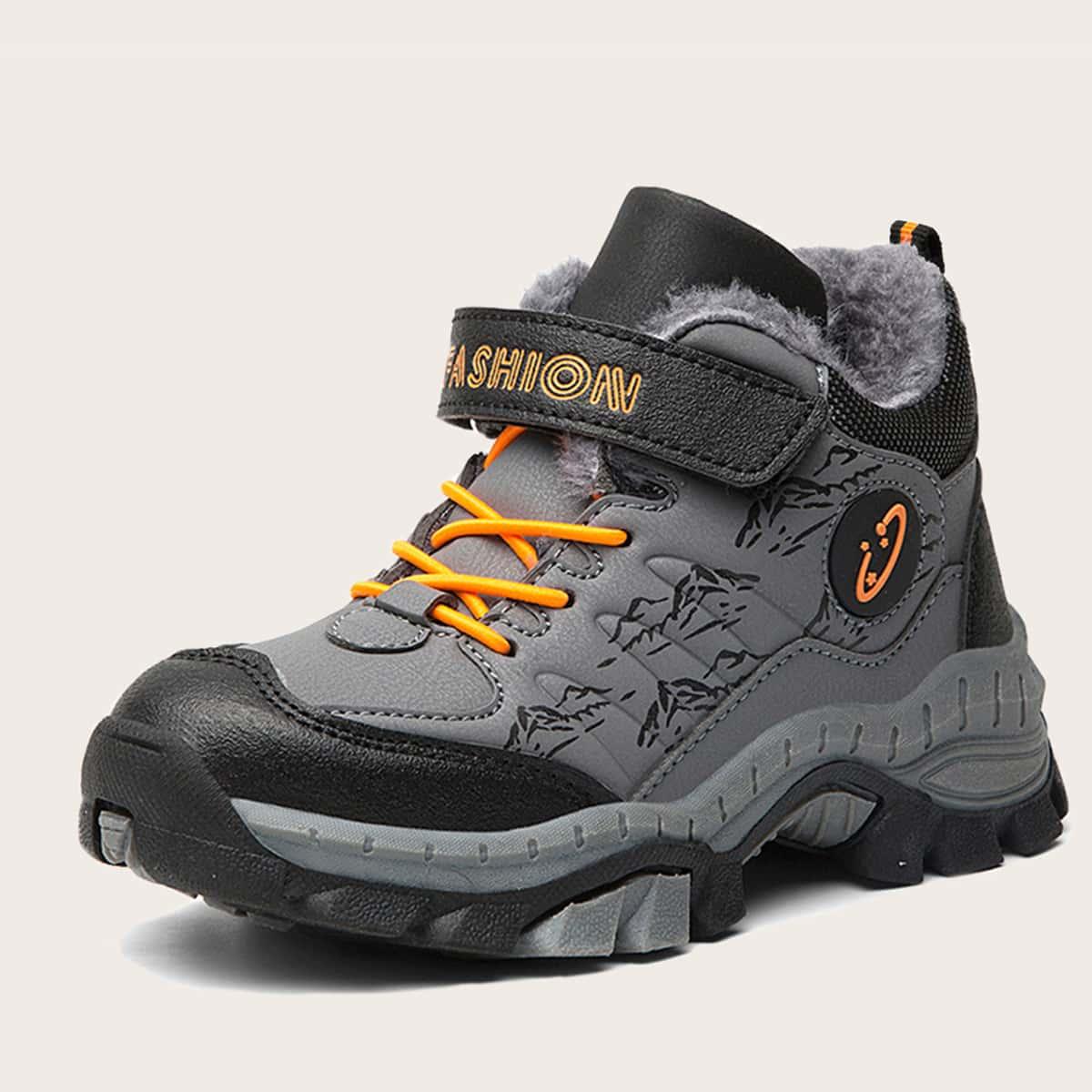 Походные туфли на липучке с текстовым принтом для мальчиков от SHEIN