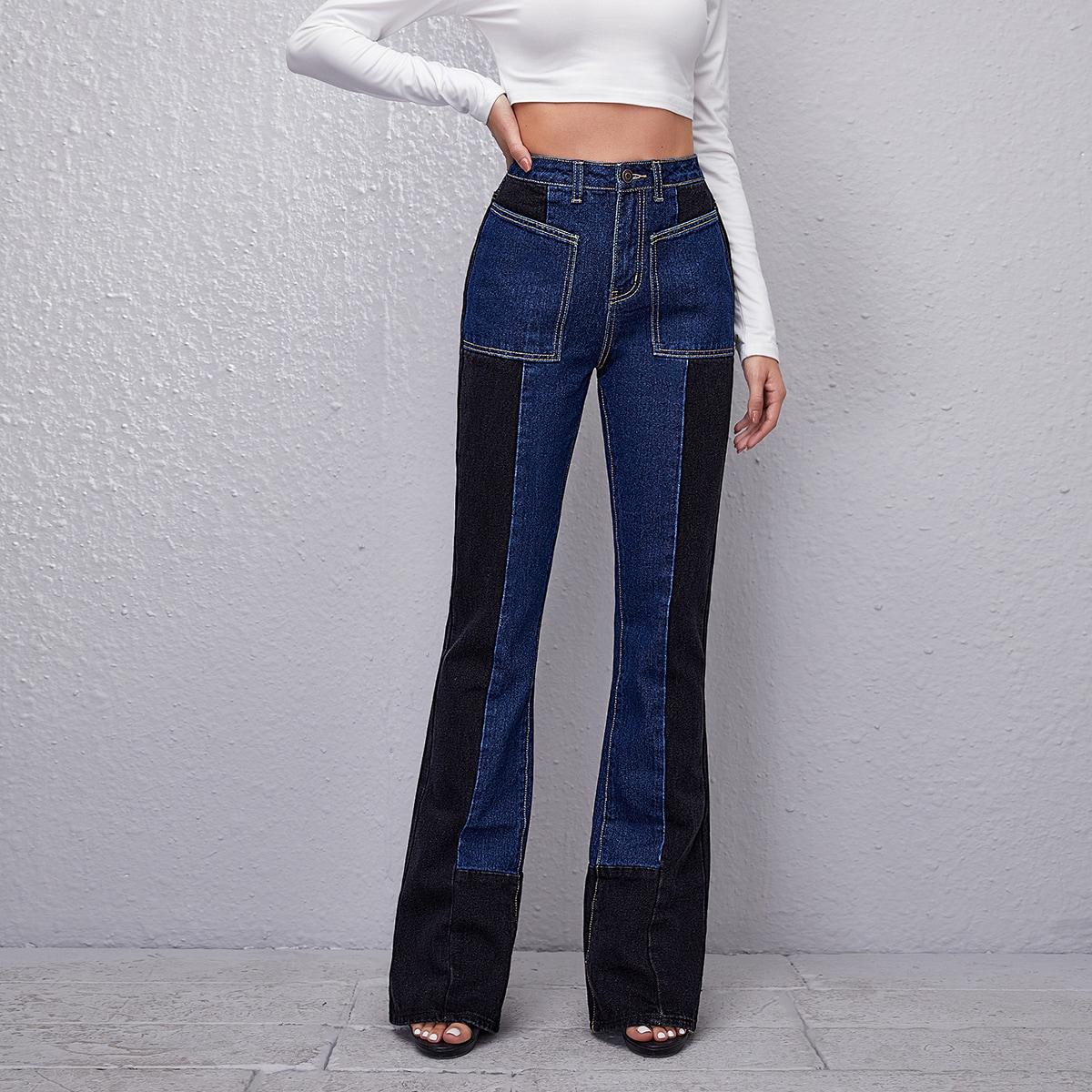 Контрастные расклешенные джинсы с высокой талией