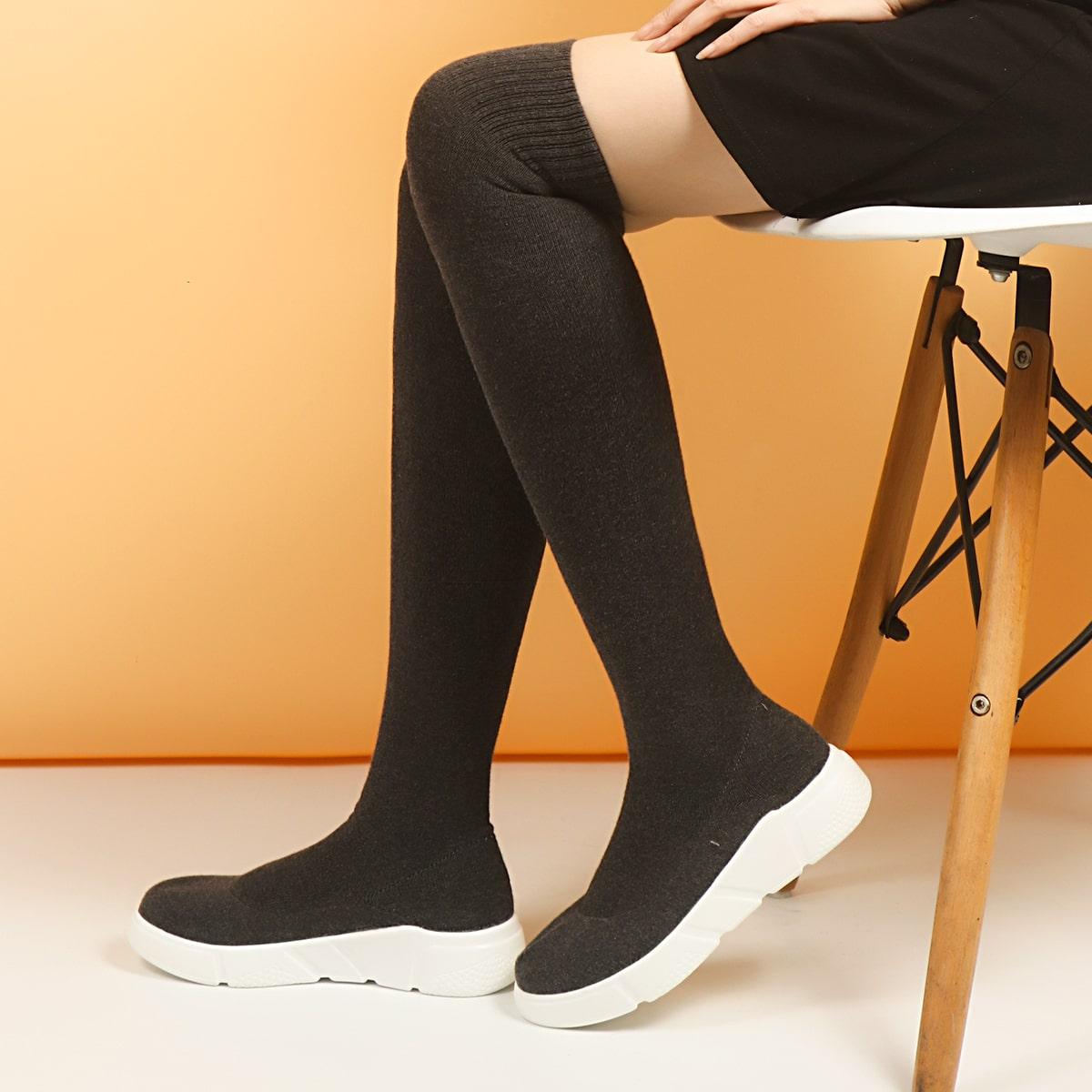 SHEIN / Minimalistische Stiefel mit runder Zehenpartie