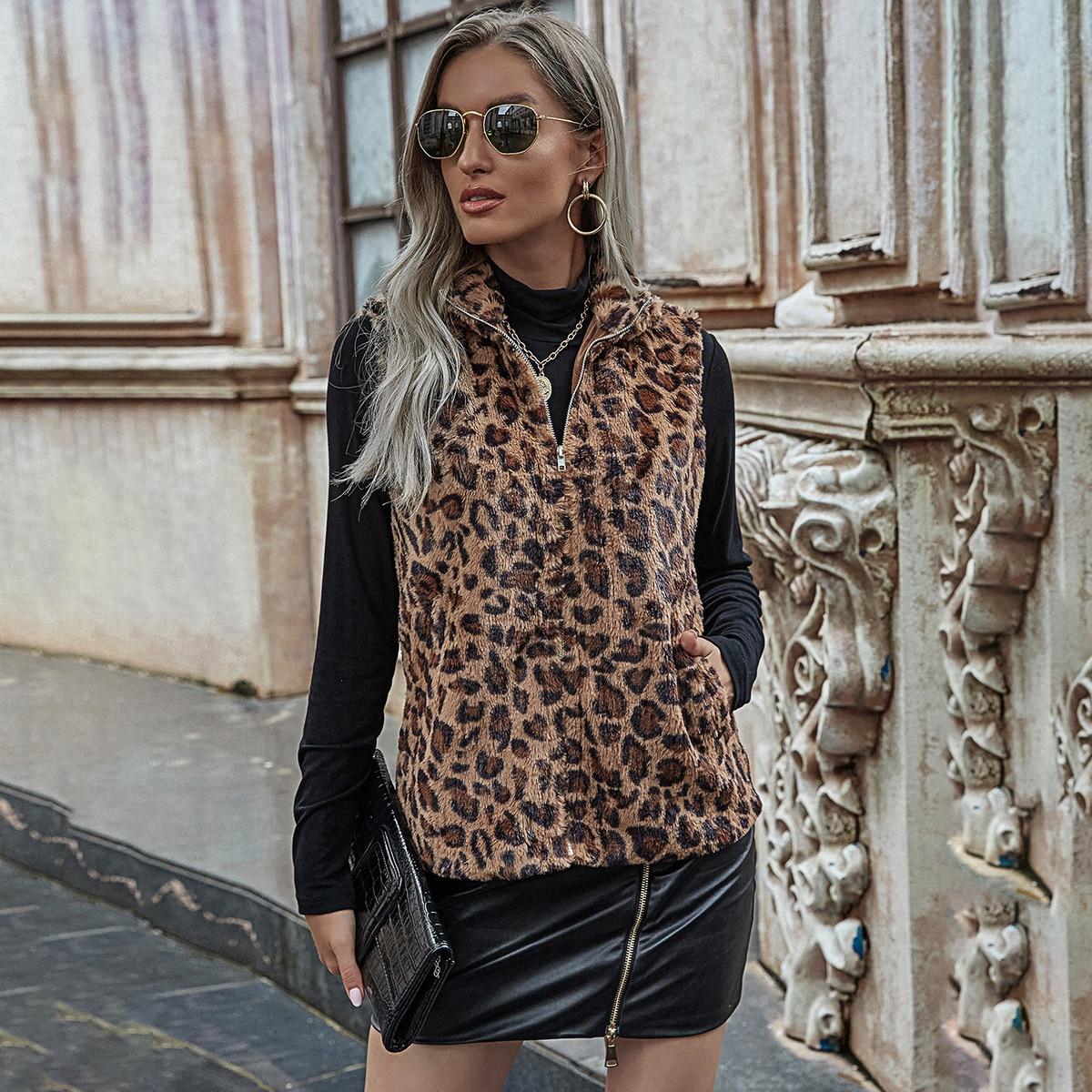 Пальто из искусственного меха с леопардовым принтом и молнией