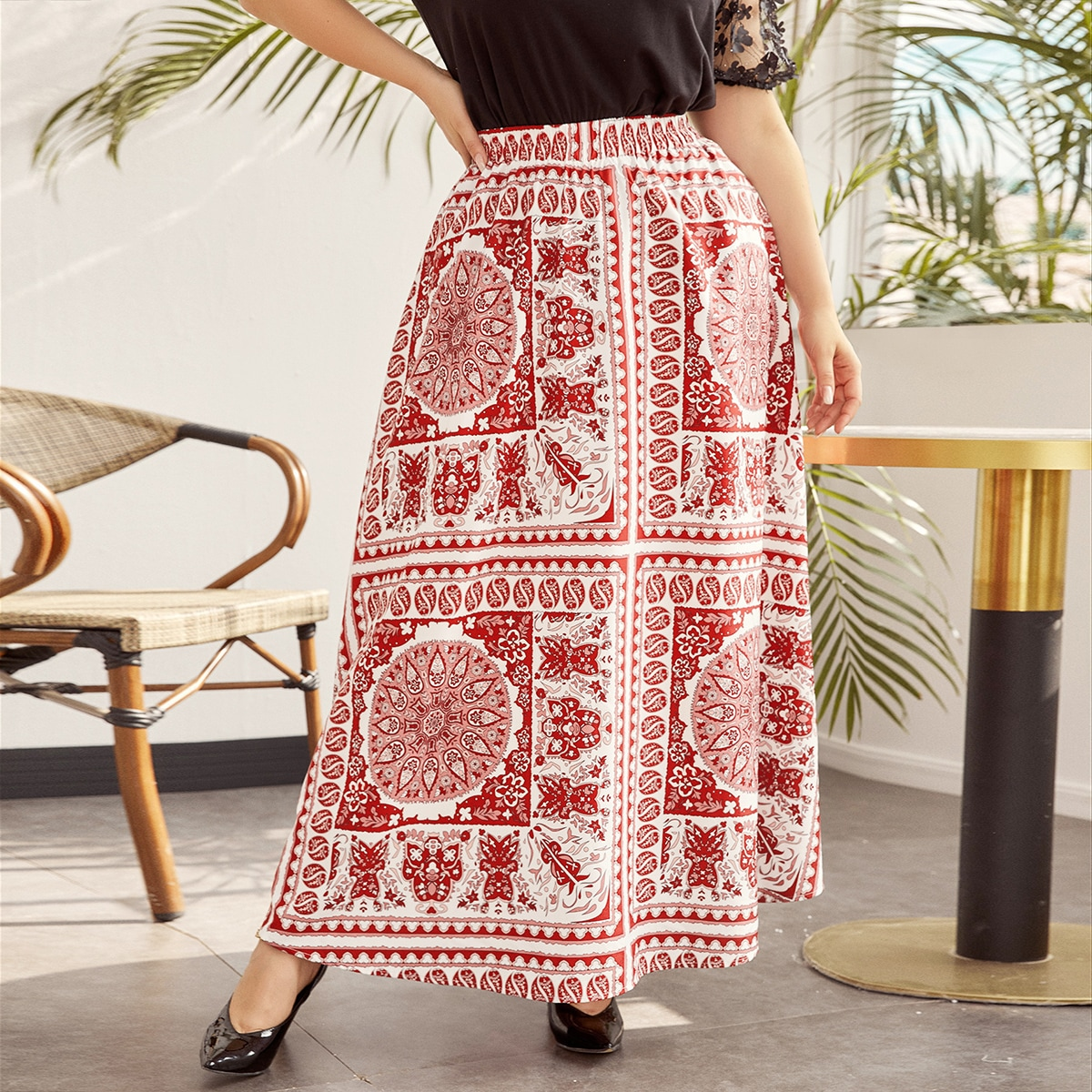 SHEIN / Plus Scarf Print Skirt