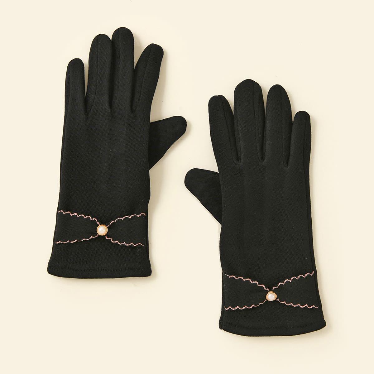 Перчатки с искусственными жемчугами
