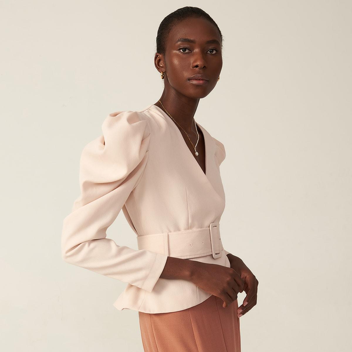 Пиджак из искусственного шелка с поясом от SHEIN