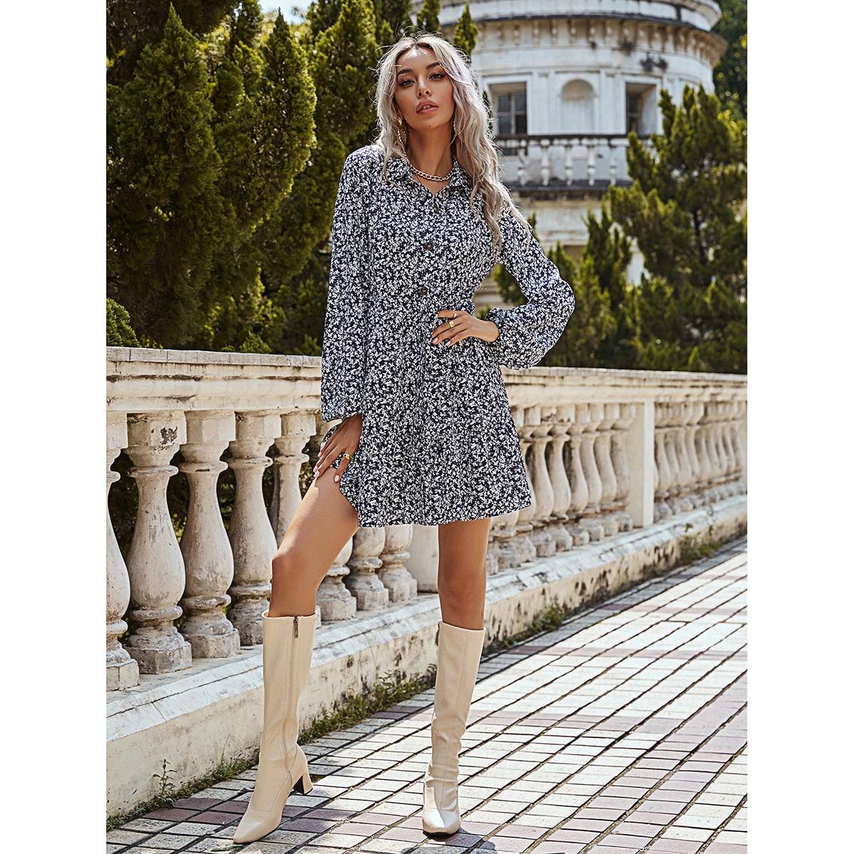 SHEIN / Shirtkleid mit Gänseblümchen Muster und Knöpfen vorn