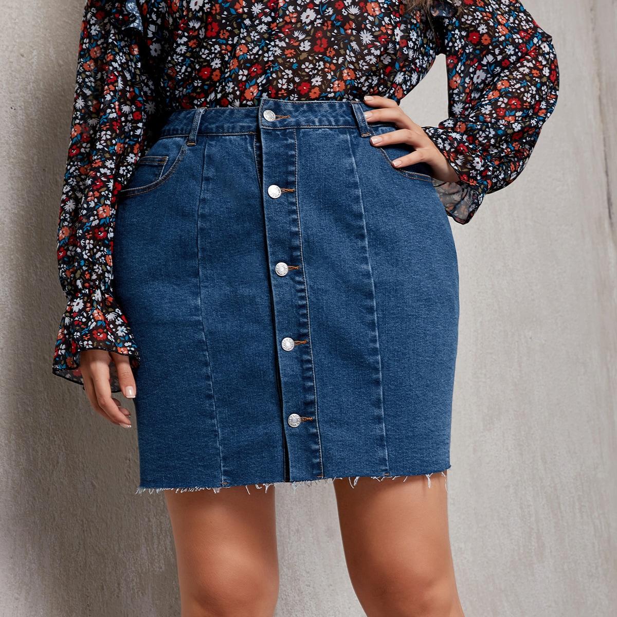 Джинсовая юбка на пуговицах размера плюс