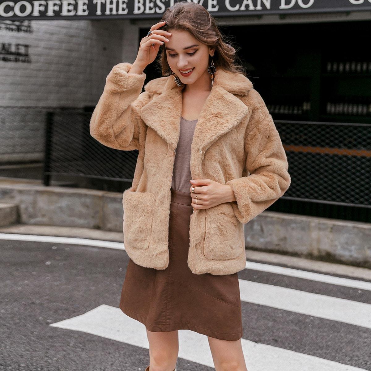 Пальто из искусственного меха с карманом