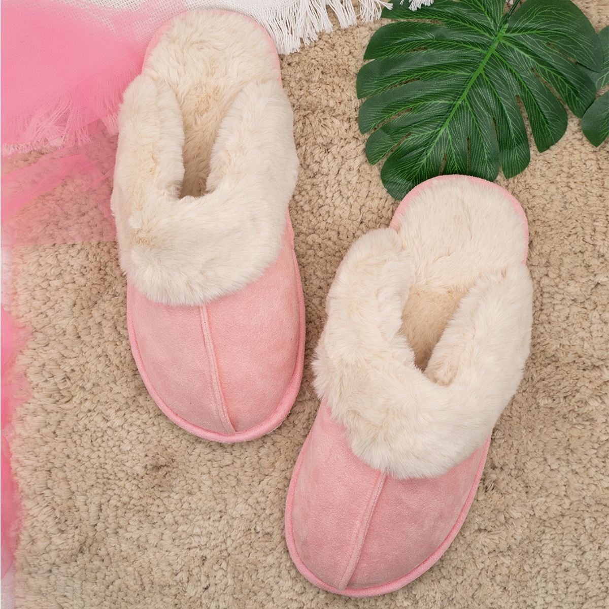 SHEIN / Round Toe Faux Fur Lined Suede Warm Slippers
