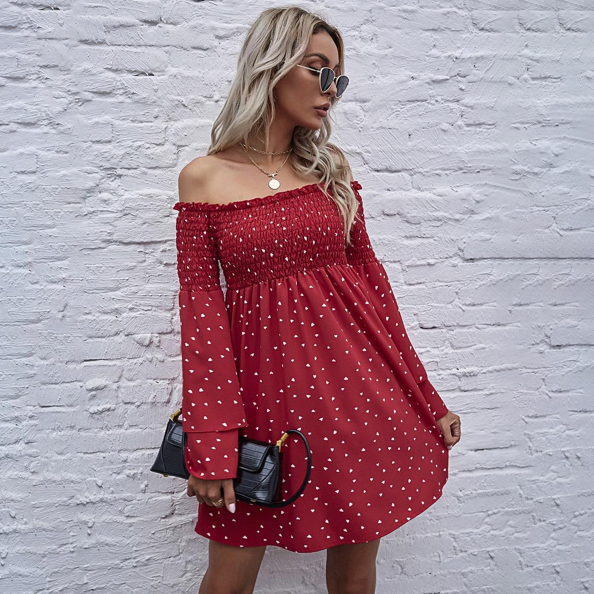 SHEIN / Off-shoulder Heart Print Shirred Dress
