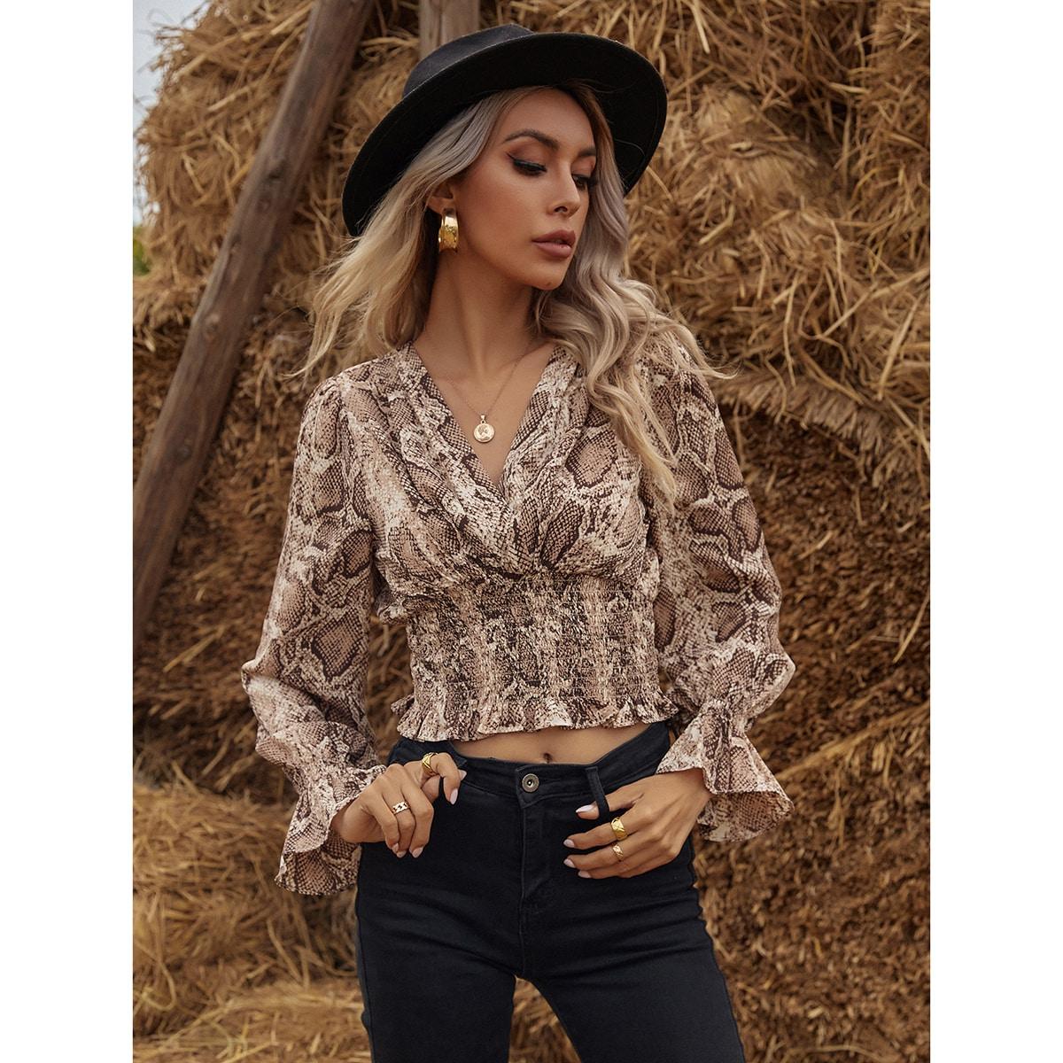 SHEIN / Bluse mit geraffter Taille, Rüschenbesatz und Schlangenhaut Muster