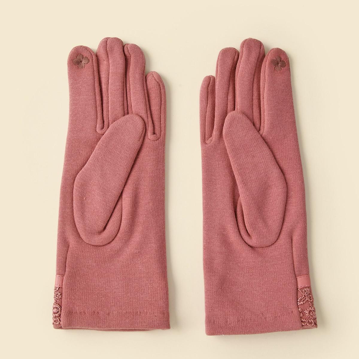 Перчатки с кружевной отделкой