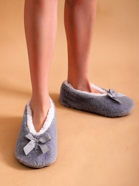 Bow Decor Fluffy Slippers