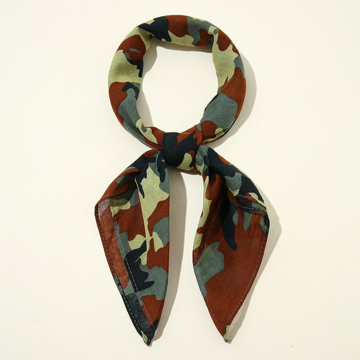 shein Bandana met camouflagepatroon