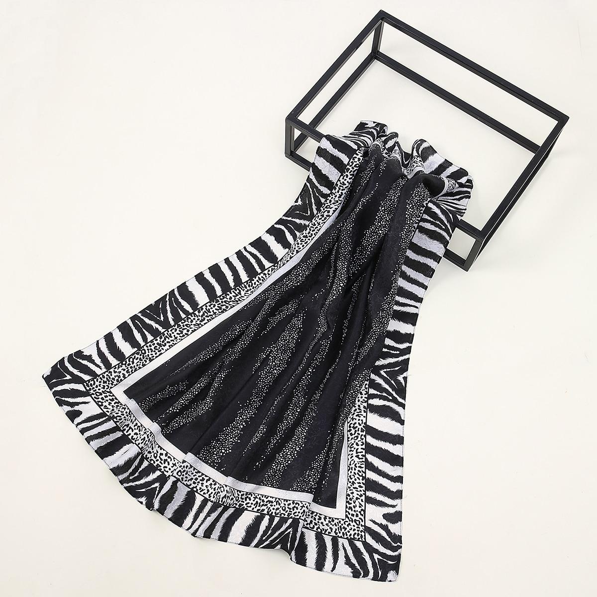 shein Zebra gestreepte patroon satijnen bandana