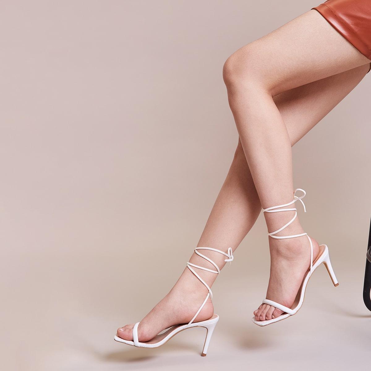 Sandalias con tacón delgado de pierna con cordón de punta abierta