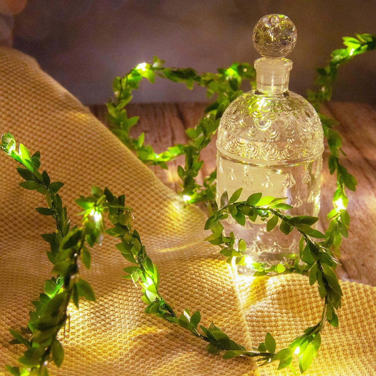 SHEIN / 1 Stück Künstliche Rebe Lichterkette mit 50 Stücken Glühbirnen