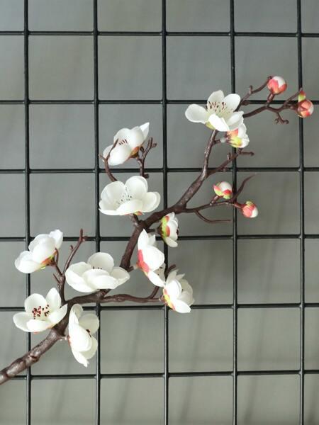 1branch Artificial Plum Blossom
