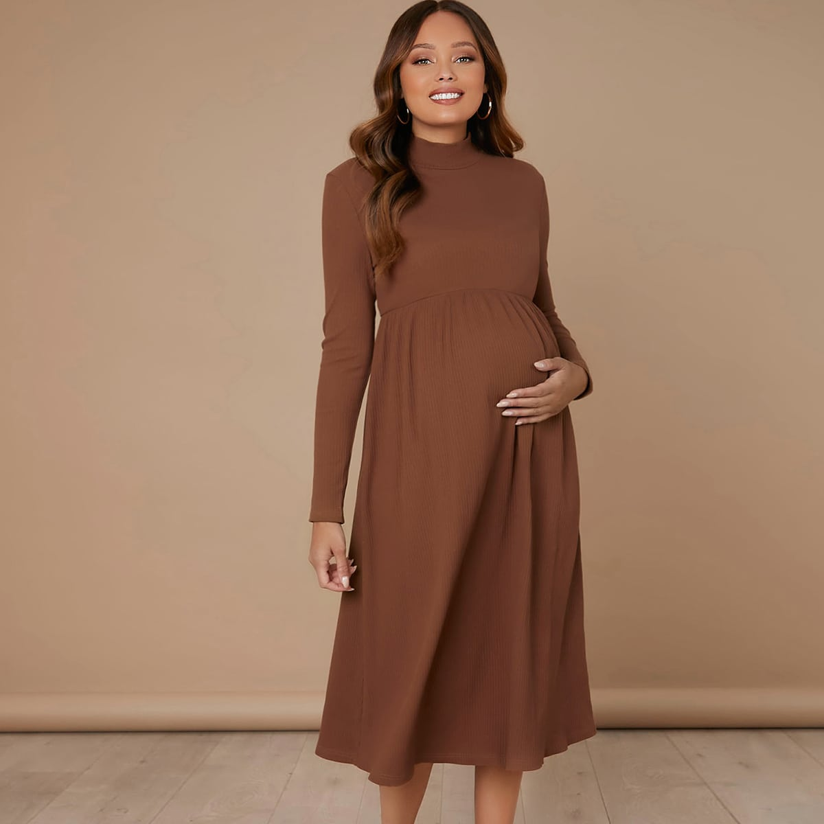 Платье с воротником-стойкой для беременных от SHEIN