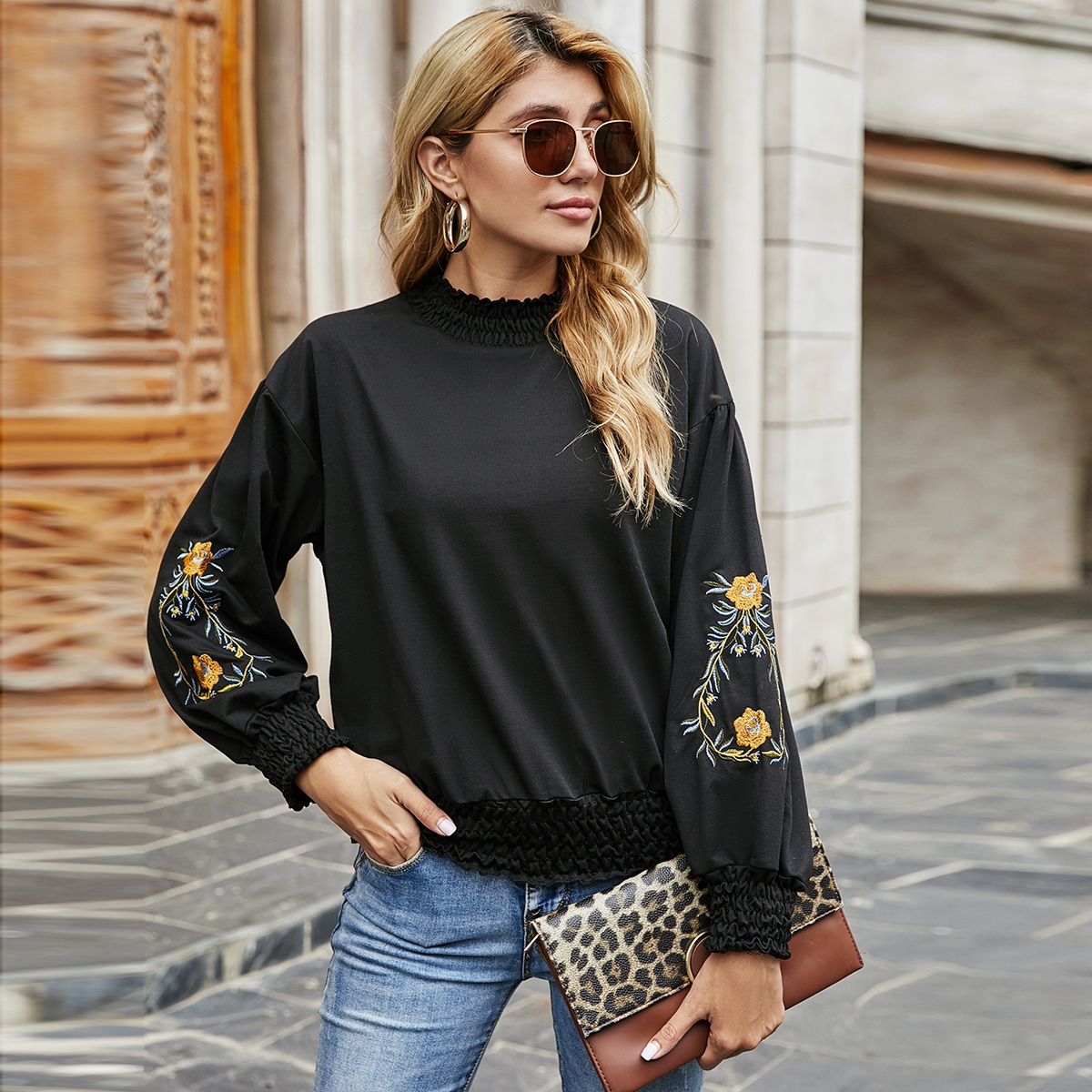 SHEIN / Embroidered Flower Shirred Detail Pullover