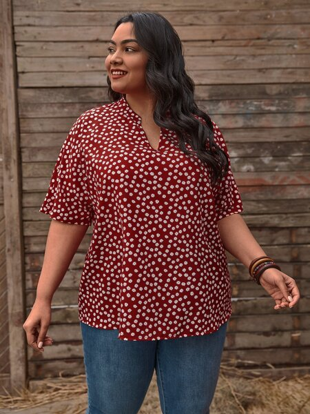 Plus Notched Ditsy Floral Batwing Sleeve Blouse
