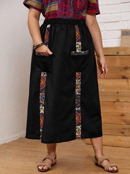 Plus Double Pocket Graphic Panel Skirt