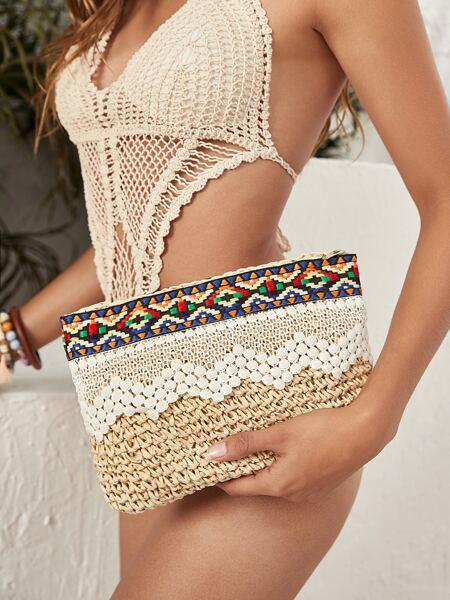 Geometric Pattern Straw Clutch Bag