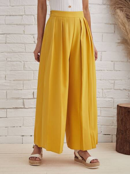Pleated Wide Leg Solid Pants