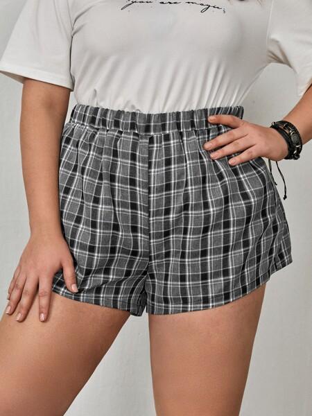 Plus Elastic Waist Plaid Shorts