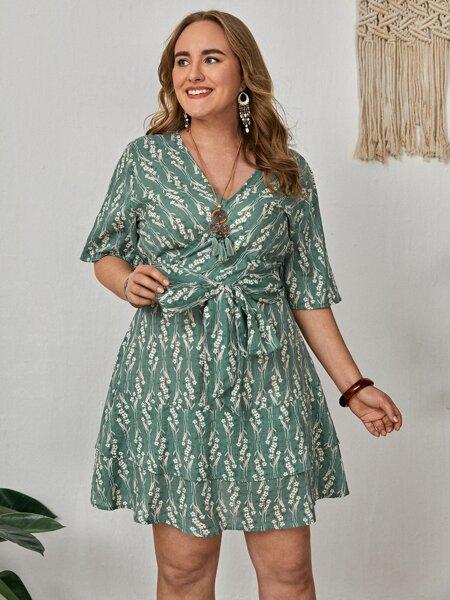 Plus Floral Print Tiered Hem A-line Dress