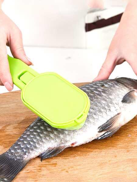 1pc Random Color Fish Scale Scraper
