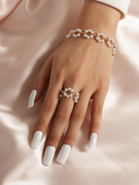 2pcs Faux Pearl Decor Jewelry Set
