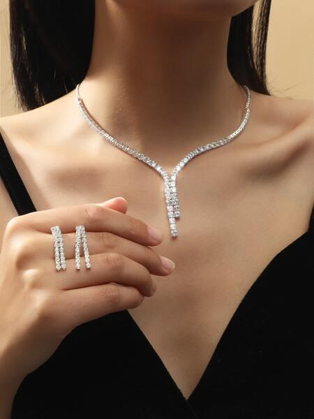 Rhinestone Star Decor Necklace & Earrings